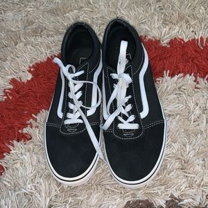 Black/White Boys Youth Vans shoes